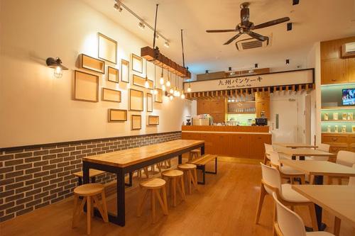 九州パンケーキカフェ シンガポールノベナ店